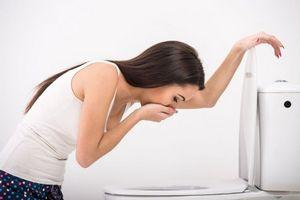 Причины диареи с головной болью
