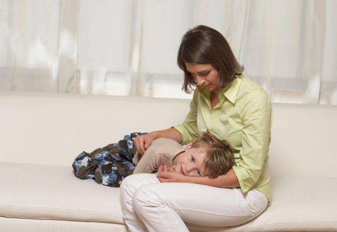 Что дать ребенку от поноса