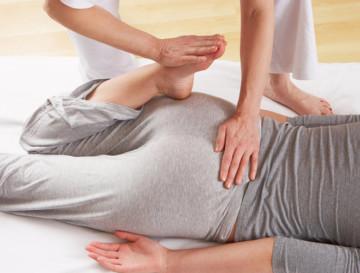Контрастный душ при варикозе: здоровое тело с помощью акватерапии