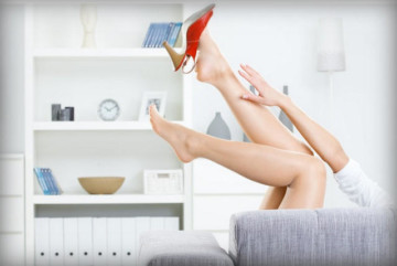 Какие мази помогают при тромбофлебите на ногах?