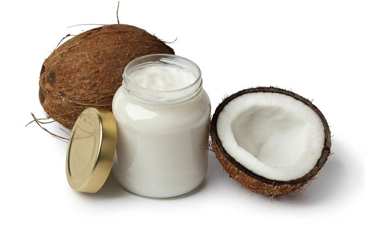 Свежее масло кокоса