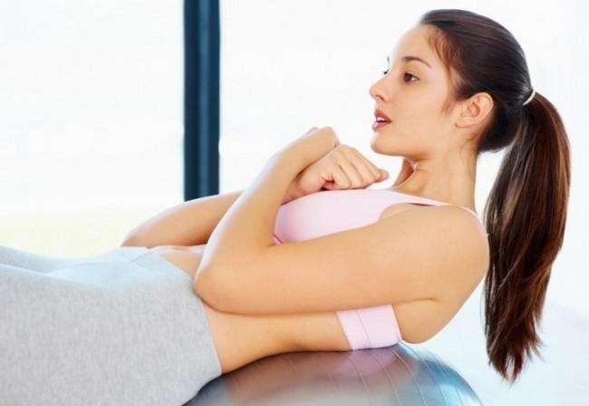 Что делать, когда сильно болит спина после родов?