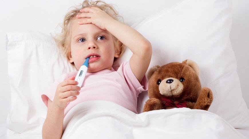 Низкая температура и головная боль у ребенка