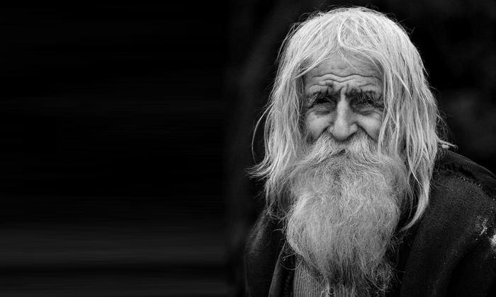 Причины болезни Альцгеймера, ее стадии и методы лечения