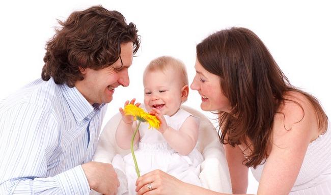 Как сохранить отношения после рождения ребенка?