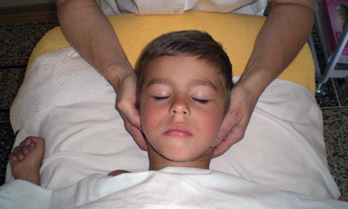 Польза массажа при заикании у детей, техники, правила