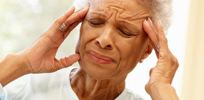 Симптомы обширного инсульта у женщины