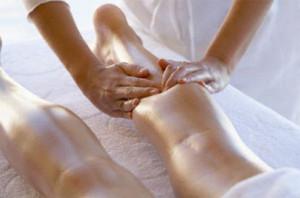 Как проводить массаж ног при варикозе?