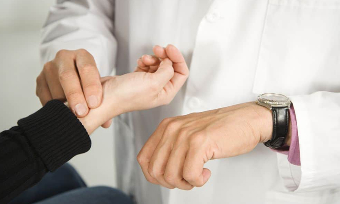 Правила оказания первой помощи при черепно-мозговой травме