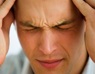 Боль в висках и области лба: причины и симптомы