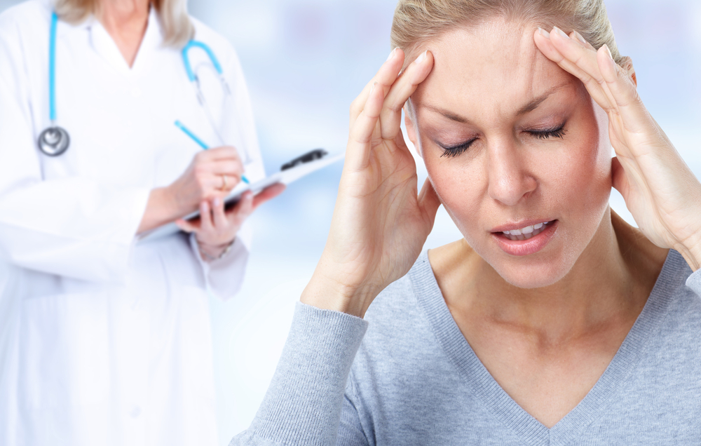 Причины и симптомы менструальной мигрени