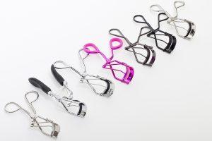 Щипцы для завивки ресниц: выбор инструмента и его использование